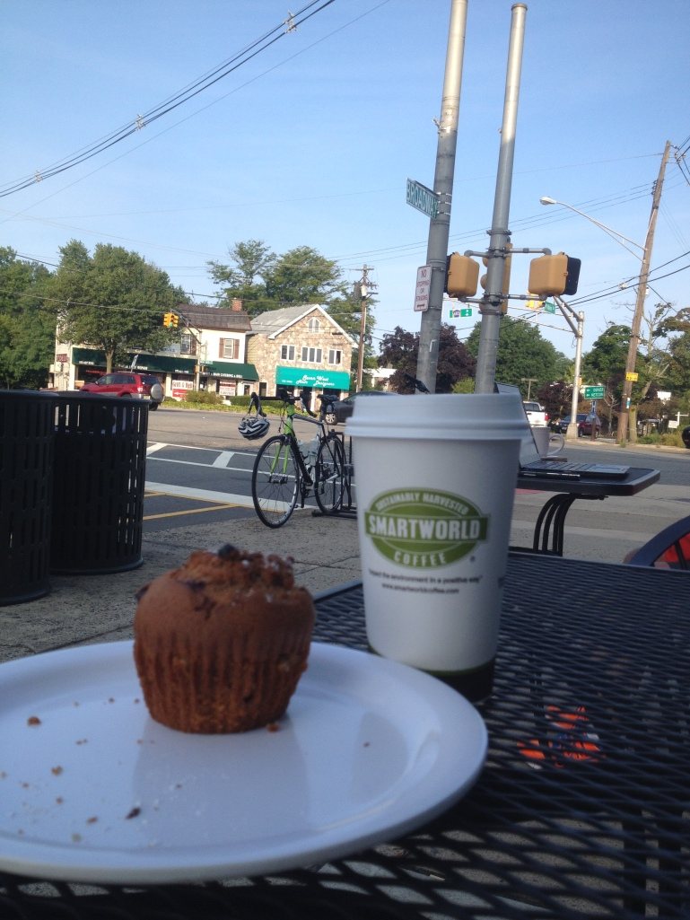 A muffin, a coffee and a bike.... Life is good....